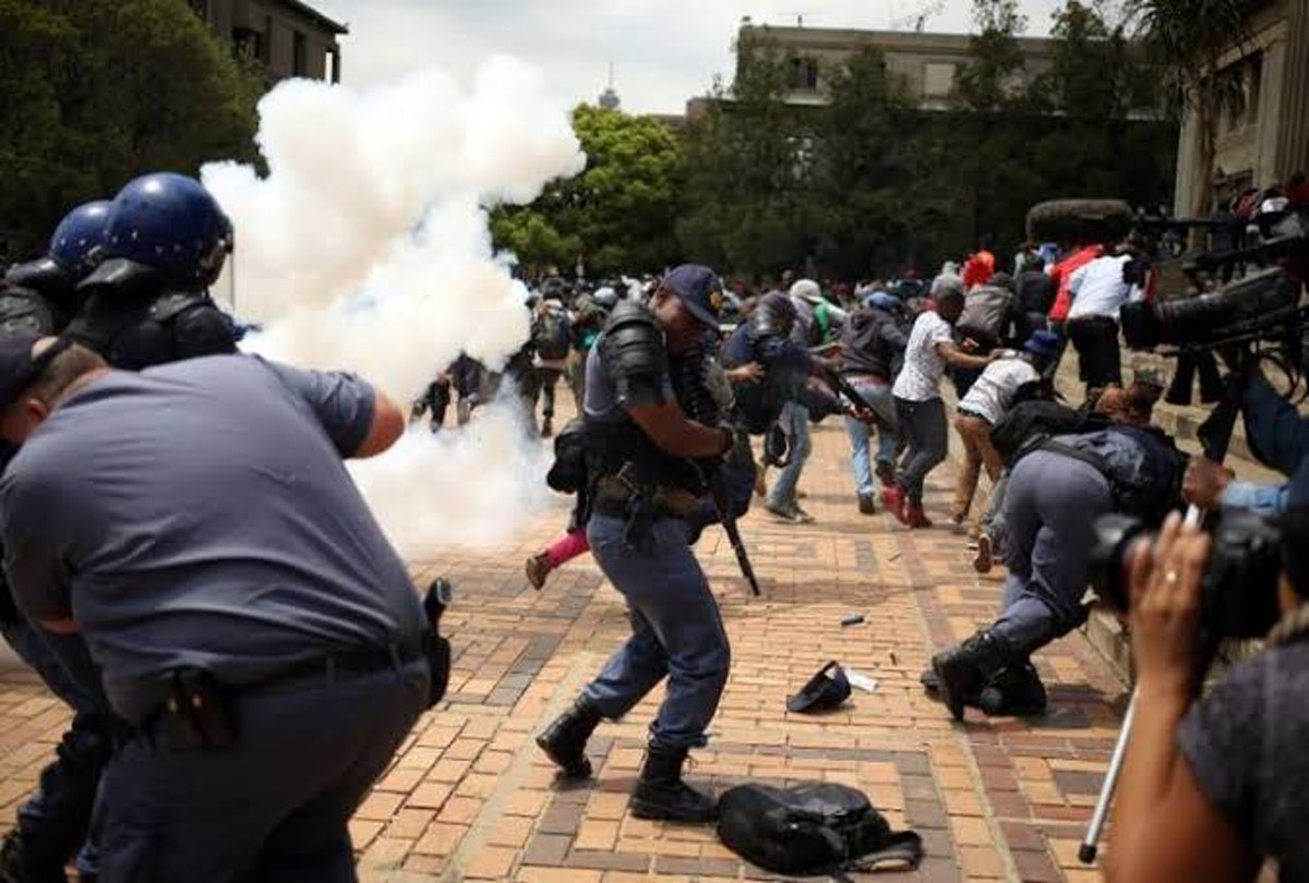 Police attempt to disperse protesting crowd at Wits University, Johannesburg, South Africa. Source: Twitter.